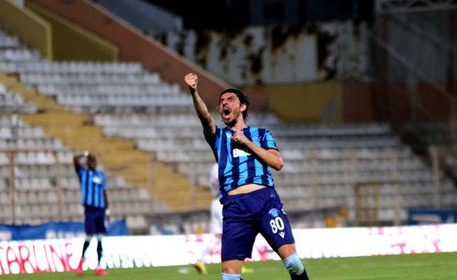 Adana Demirspor'da Mehmet Akyüz'e kulüp bulması için izin verildi