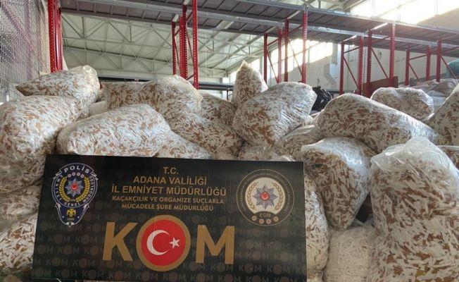 Adana'da 2 milyon 740 bin adet makaron ele geçirildi
