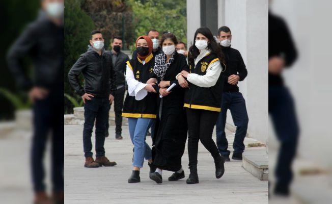 Tarsus'tan Adana'ya pazara geldiler cep telefonu çaldılar