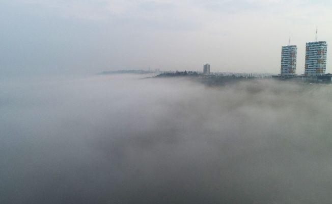 Adana'daki sis denizi hayran bıraktı