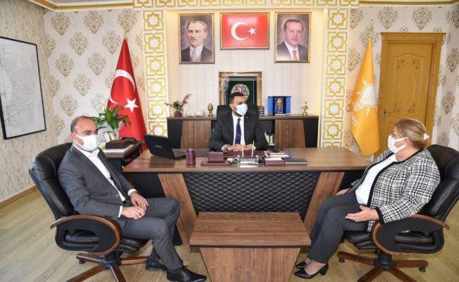 CHP'li Erdem'den Ak Partiye 'destek çağrısı'