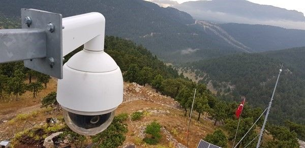 Kameralı yangın gözetleme kuleleri sezona hazır