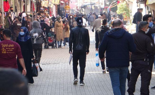 Korona yuvası cadde