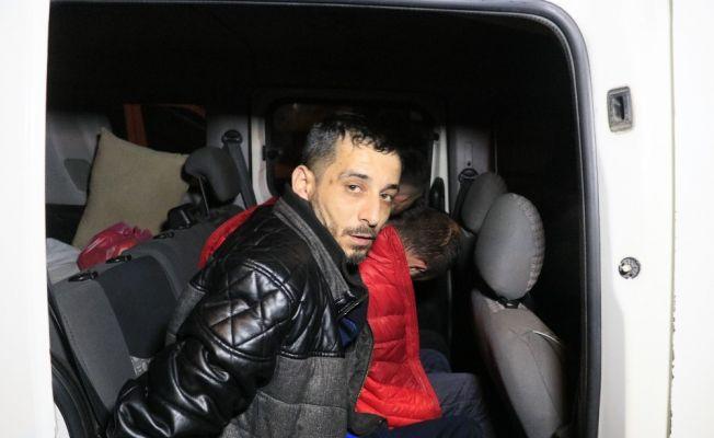 Sokağa çıkma kısıtlamasından ceza yememek için kaçtılar, 12 kilometre sonra yakalandılar