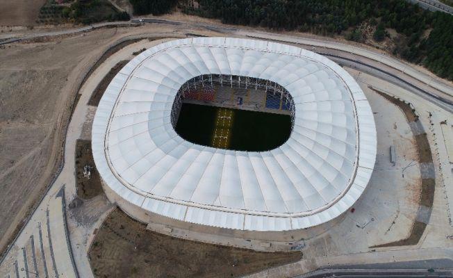 Yeni Adana Stadyumu'nun derbiyle açılması bekleniyor