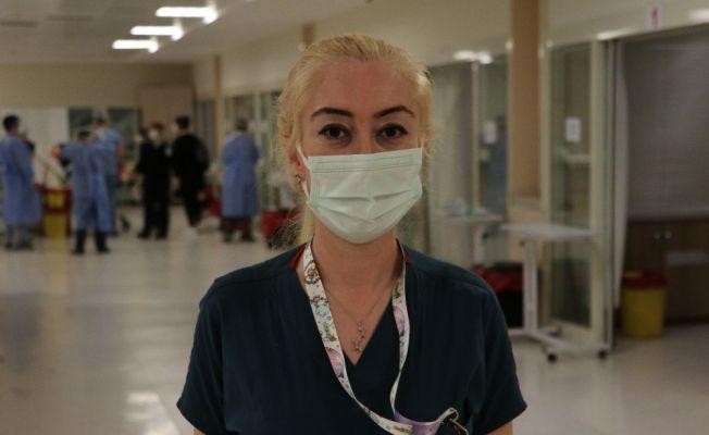 Yoğun bakımdaki hastalar hemşirelerden ayrılmak istemiyor
