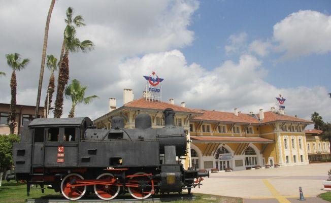 Adana-Mersin arası tren seferleri başladı