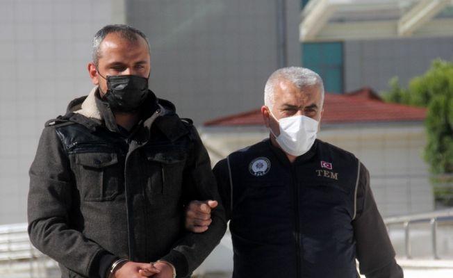 AK Parti İstanbul İl Başkanlığını işgal eden eski uzman çavuşa hapis cezası