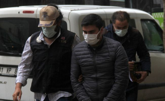 Aranan FETÖ'cü Adana'da yakalandı