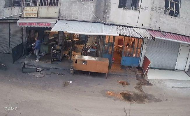 Kameralara yakalanan 4 hırsız tutuklandı