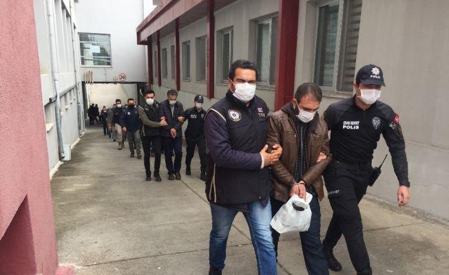 PKK operasyonunda gözaltına alınan 15 zanlı adliyeye sevk edildi
