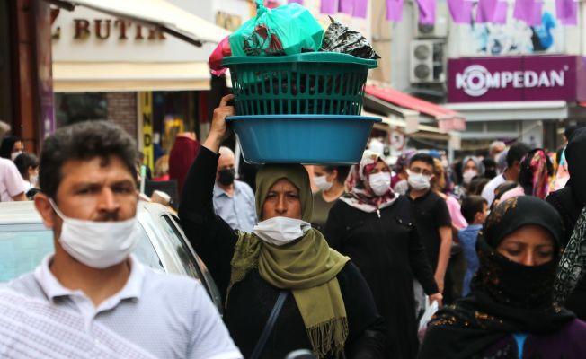 Adanalılar giyim mağazalarına koştu