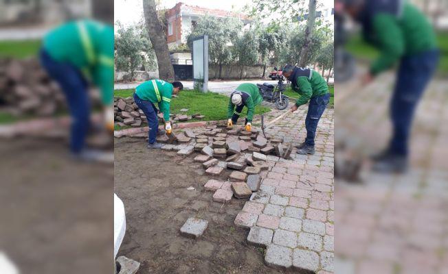 Ceyhan belediyesi park ve bahçe ekipleri çalışmalarını hızlandırdı