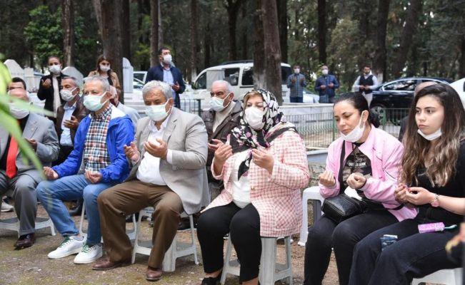 CHP'li Dedeoğlu kabri başında anıldı