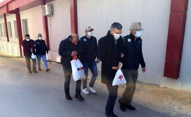 FETÖ'den gözaltına alınan 3 mali müşavir serbest kaldı