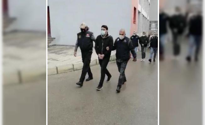 "FETÖ'nün ""mahrem abisi"" tutuklandı"