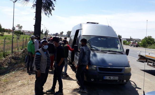 16 kişilik minibüsten 28 yolcu çıktı