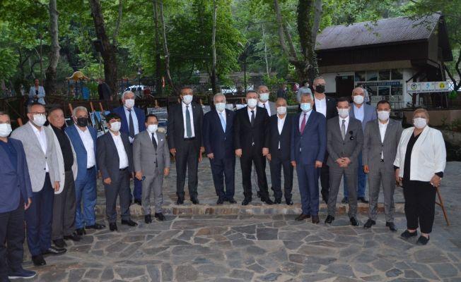 Belediye başkanları Kozan'da buluştu