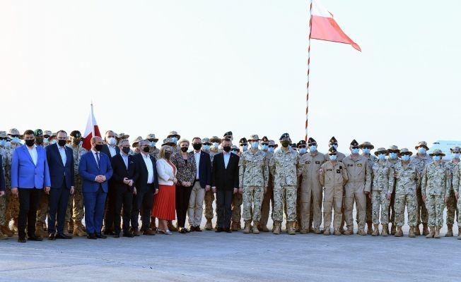 Cumhurbaşkanı Duda, İncirlik'teki Polonyalı askerlerle buluştu