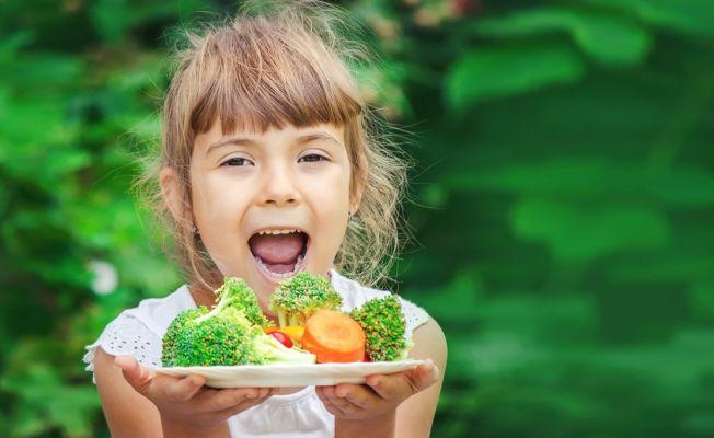 """Dr. Görür: """"Çocukların günde 20-30 dakika güneşlenmesi D vitamini ihtiyacını karşılar"""""""