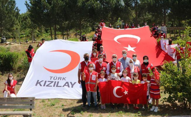 Kızılay'ın gönüllü gençleri 19 Mayıs'ta hilal oldu