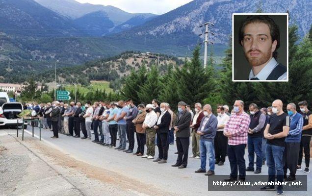 Türk kaptan son yolculuğuna uğurlandı