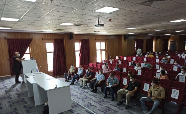 Yüreğir'de kamu görevlilerine Afet Bilinci Eğitici Eğitimi verildi