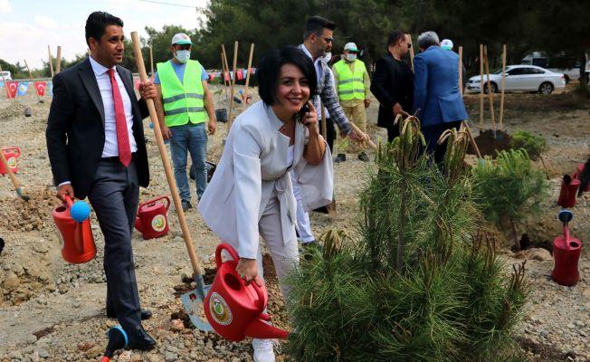 Adana'da Fatih Terim adına hatıra ormanı kuruldu