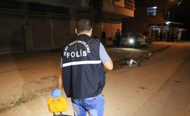 Adana'da iki grup arasında silahlı sopalı kavga: 2 yaralı