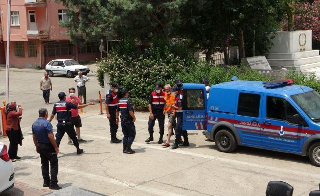 Adana'daki bıçaklı kavgaya 1 tutuklama
