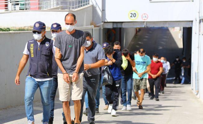 İnternet dolandırıcılarına 11 tutuklama