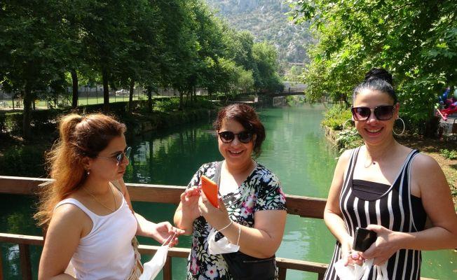 Kozan'da yılın ilk turist kafilesi geldi