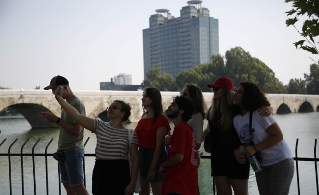 7 ülkeden 22 öğrenci Adana'da