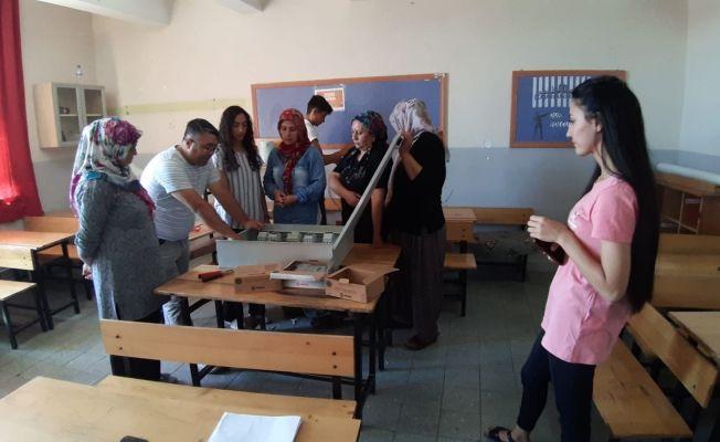 Kadınlar elektrik ustası olmak için kursa akın etti