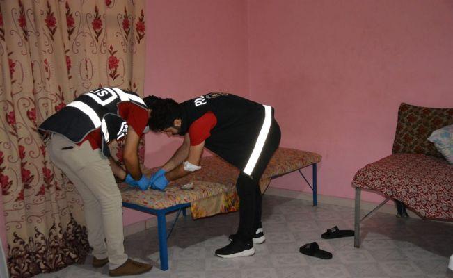 Kozan'da şafak vakti uyuşturucu operasyonunda 9 gözaltı