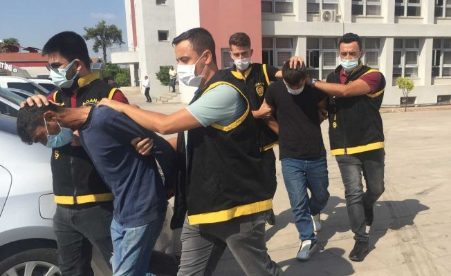 Adana'da 8 bin lira değerinde akü çalan iki hırsız yakalandı