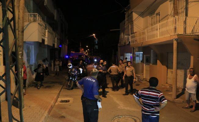 Adana'da asker kınasında silahlı kavga: 1 yaralı