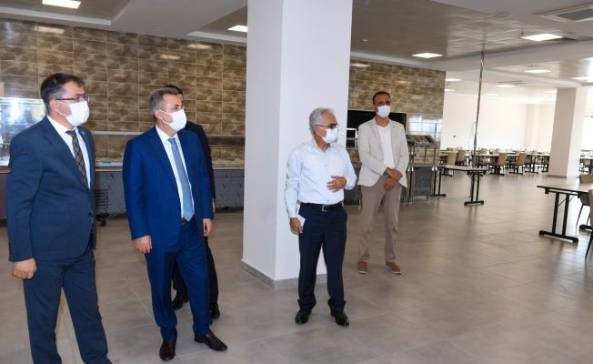 Adana'da öğrenci yurtlarının kapasitesi 11 bin 182'ye çıkarıldı