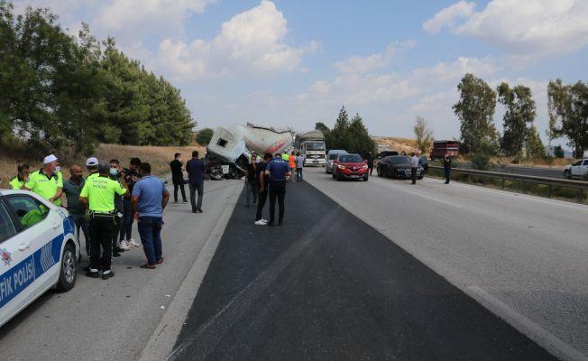 Adana'da otobanda zincirleme trafik kazası: 1 ölü