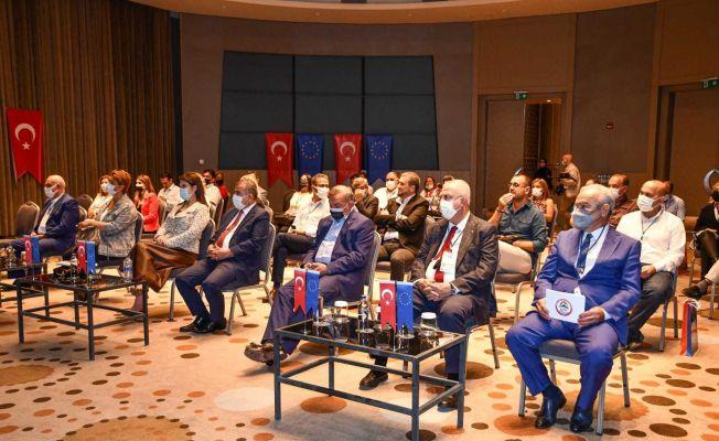 Adana'nın unutulmaya yüz tutmuş yemek kültürü ortaya çıkarılıyor