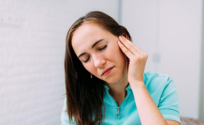 Geçmeyen kulak tıkanıklığına dikkat