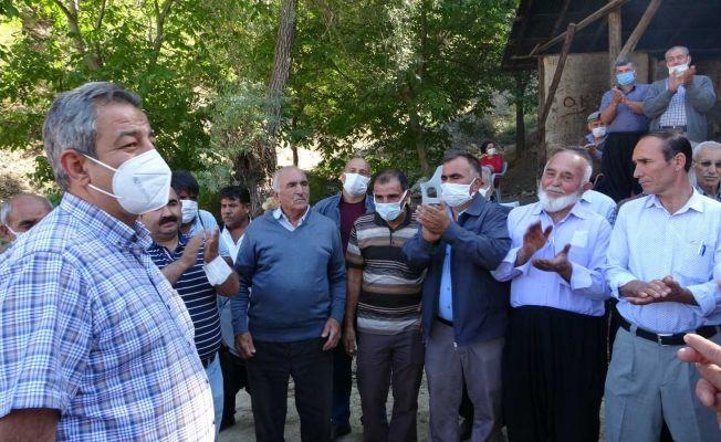 Vatandaşlar Karayolları heyetini davul zurnayla karşıladılar