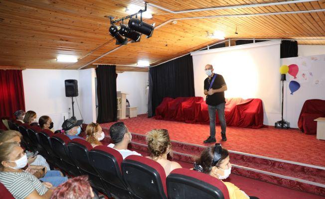 Yüreğir'de çocuklara tiyatro eğitimi