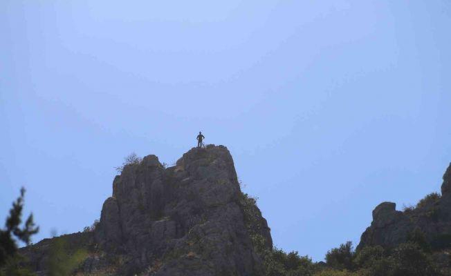 Eşiyle tartıştı, intihar için Kozan Kalesini seçti
