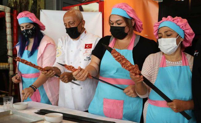Kebabın başkentine kadın ustalar geliyor