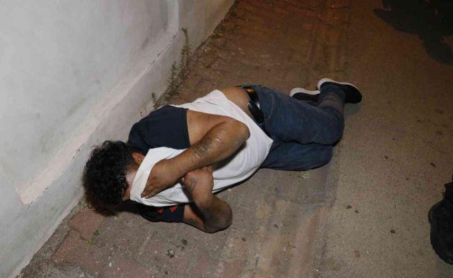 Mahallede çıkan kavga hastanede de devam etti: 2 yaralı